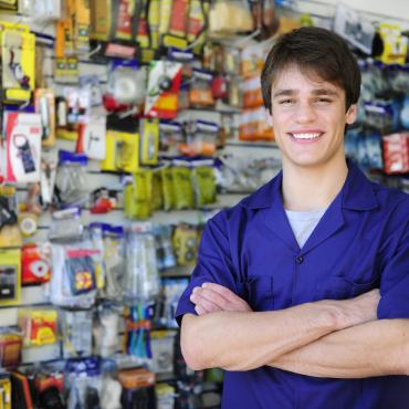 Apprentice seller in a tool shop